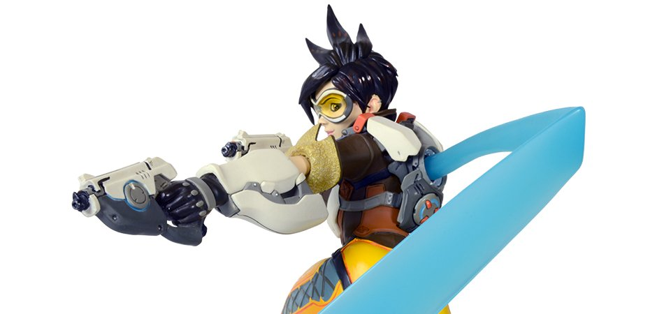 Overwatch Tracer Polystone Figure